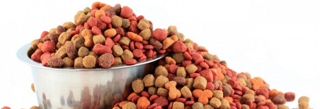 Корм для собак содержит все необходимые элементы нужные зофобасу