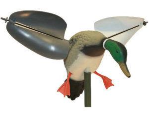 Чучело утки с вращающимися крыльями