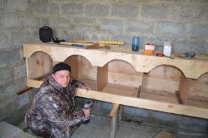 Строительство гнезд для домашней птицы