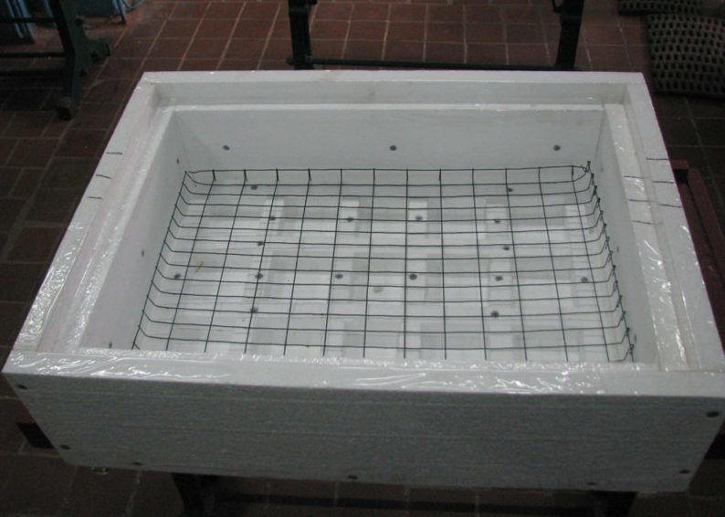 Корпус (нижняя часть) инкубатора из пенопласта